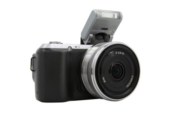 bon plan l 39 appareil photo hybride sony nex c3 avec son 16mm 359 livr plan te num rique. Black Bedroom Furniture Sets. Home Design Ideas