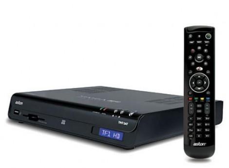 le d codeur simba hd premium tntsat enregistreur gratuit pour un abonnement canal plus canalsat. Black Bedroom Furniture Sets. Home Design Ideas